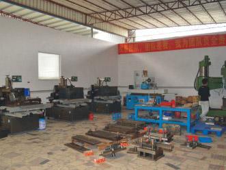 脚轮模具生产车间